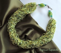 "Beaded necklace ""Lime"""